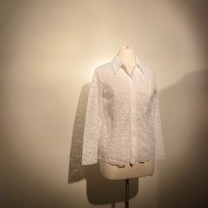 Dare to be different, White Lace button down.